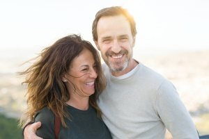man and wife happy after going through a Intensive Outpatient Program