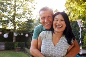 couple who is glad they learned about How Long Is An Intensive Outpatient Program